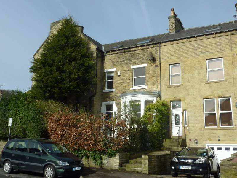 5 Bedrooms Terraced House for rent in The Boulevards, Savile Park Road, Halifax, West Yorkshire, HX1