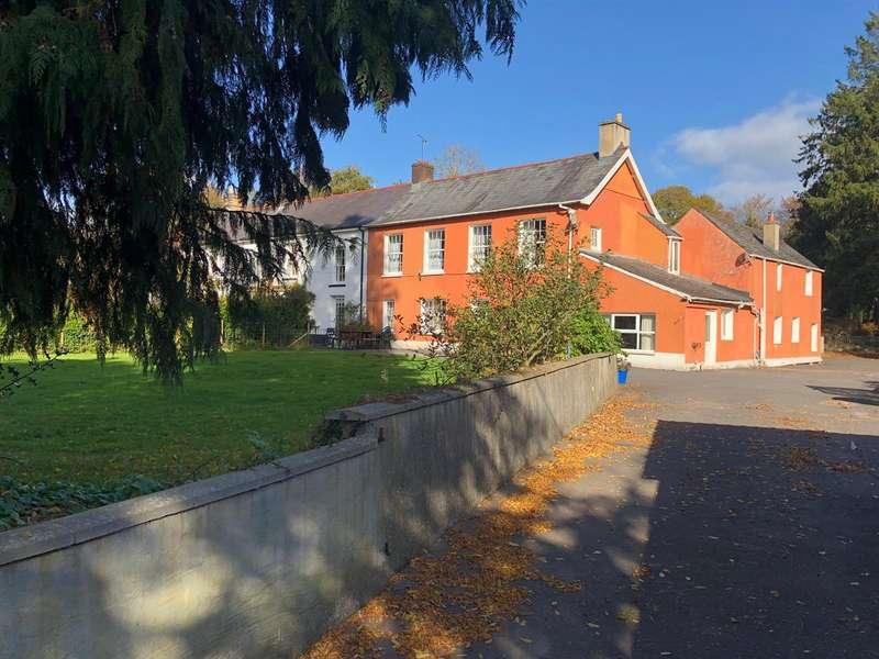 4 Bedrooms House for sale in Brecon Road, Llandovery
