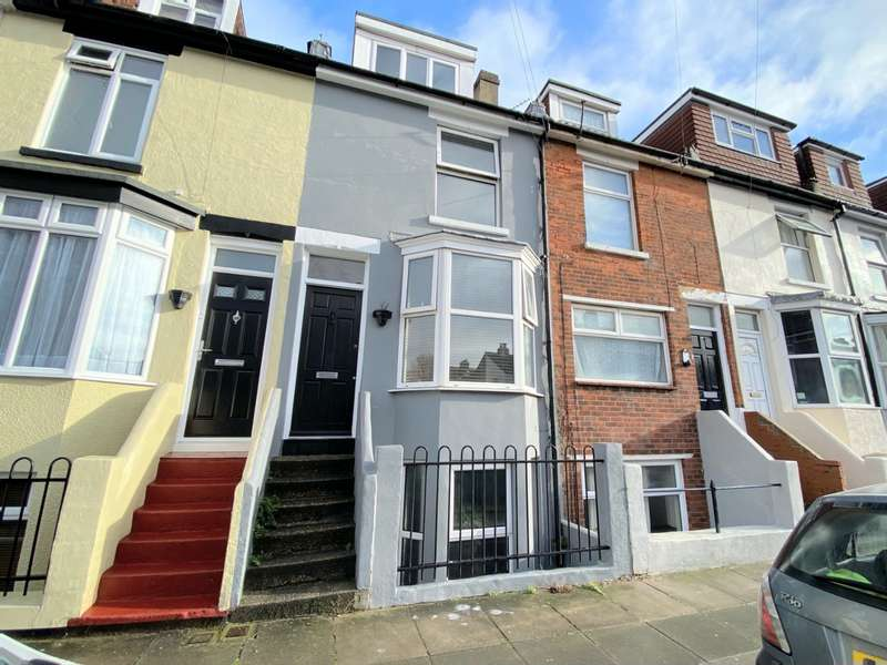 4 Bedrooms House for sale in Hester Road, Southsea, Hampshire, PO4