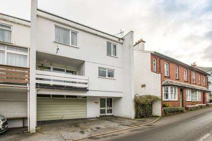 3 Bedrooms End Of Terrace House for sale in Church Street, Dawlish, Devon