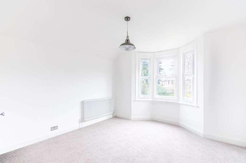 1 Bedroom Flat for sale in Ashlake Road, Streatham, SW16
