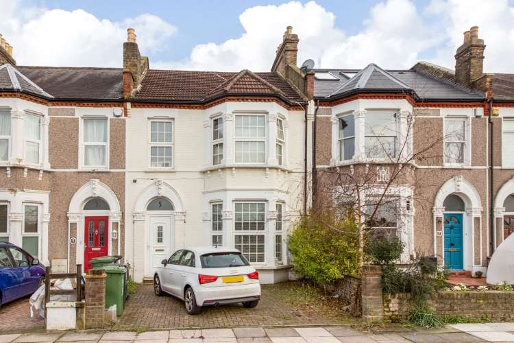 3 Bedrooms Terraced House for sale in Abbotshall Road Catford SE6
