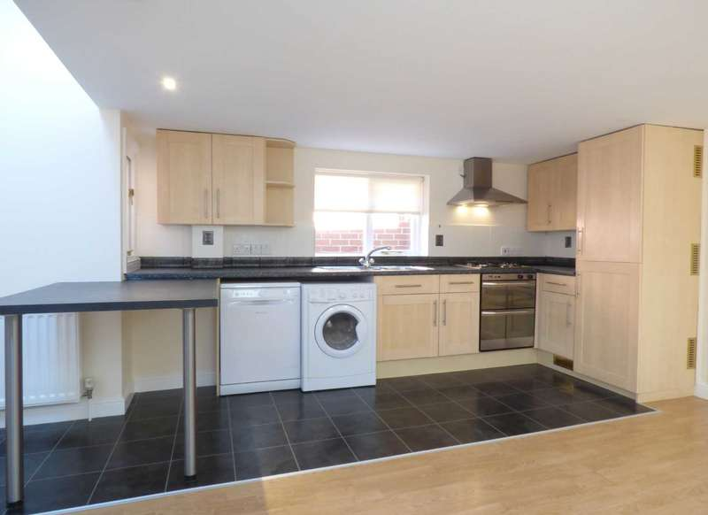 2 Bedrooms Flat for rent in Grove Street, Wantage