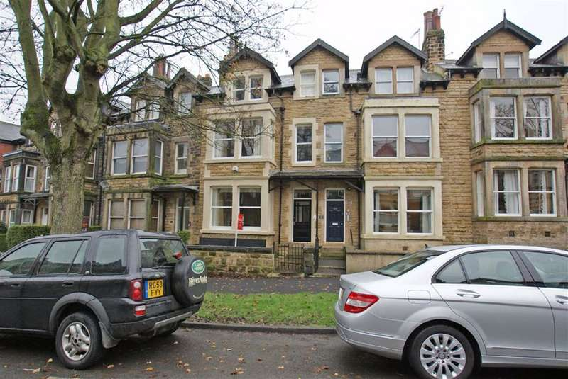 6 Bedrooms Terraced House for rent in Valley Drive, Harrogate, North Yorkshire