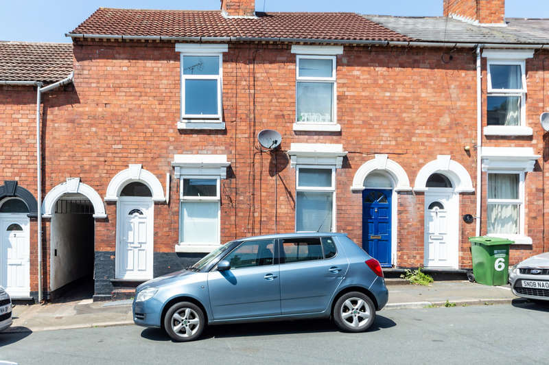 1 Bedroom Terraced House for rent in East Street, Kidderminster
