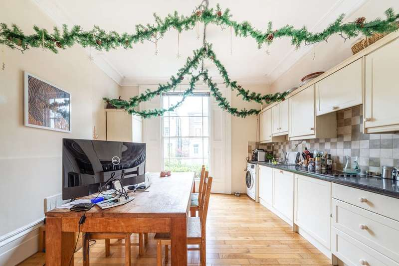 3 Bedrooms Flat for sale in Agar Grove, Camden Town, NW1