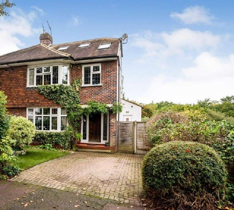4 Bedrooms Semi Detached House for sale in Beverley Avenue, London, Greater London. SW20 0RL