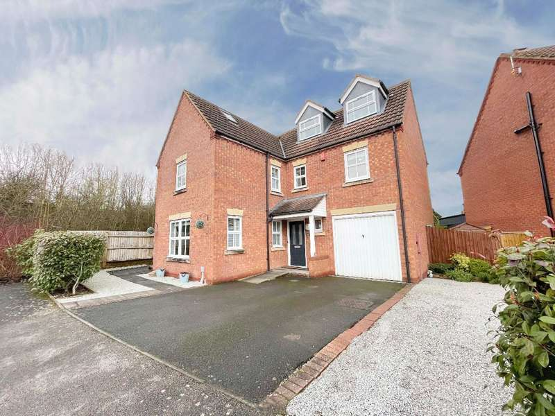 5 Bedrooms Detached House for sale in Rogers Way, Chase Meadow, Warwick