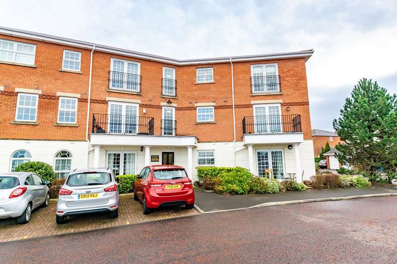 2 Bedrooms Apartment Flat for sale in Blacksmith Row, Lytham St Annes, FY8