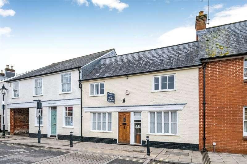 2 Bedrooms Terraced House for sale in Latimer Street, Romsey, SO51
