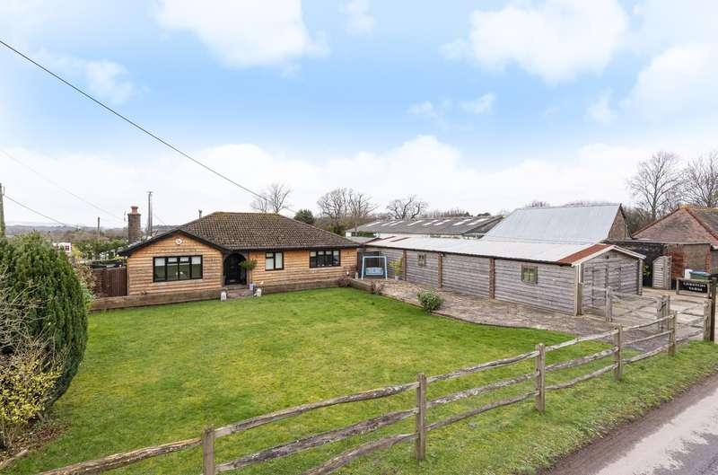 4 Bedrooms Detached Bungalow for sale in Greyfriars Lane, Storrington, RH20