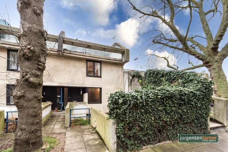 4 Bedrooms Flat for sale in Ainsworth Way, London, NW8 0SR
