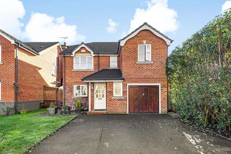 4 Bedrooms Detached House for sale in Woodfield Road, Thames Ditton, KT7