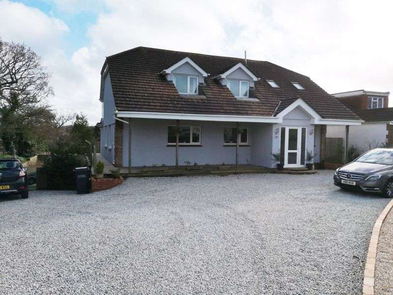 4 Bedrooms Property for sale in Torquay