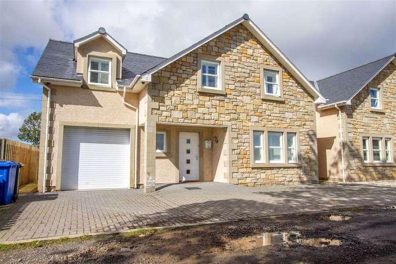 4 Bedrooms Detached House for sale in Castle Hills, Berwick-upon-Tweed, Northumberland, TD15