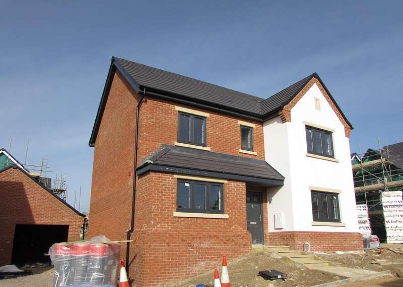 3 Bedrooms Detached House for sale in The Old Orchard, Gravenhurst