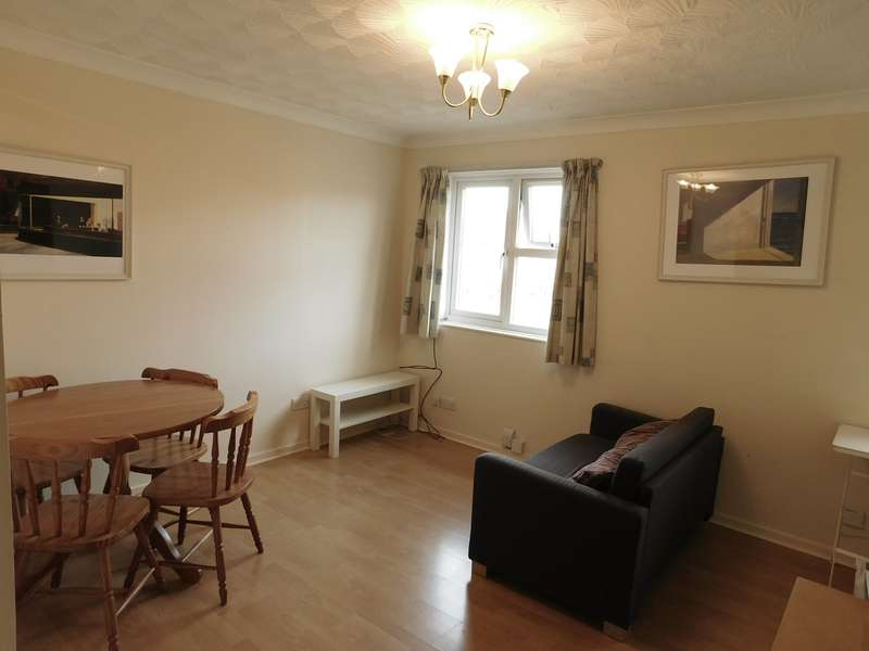 1 Bedroom Flat for sale in Clementine Close, Ealing, London, W13