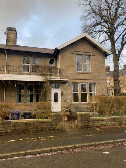 3 Bedrooms Semi Detached House for sale in Park Avenue, Barrowford, Nelson, Lancashire, BB9
