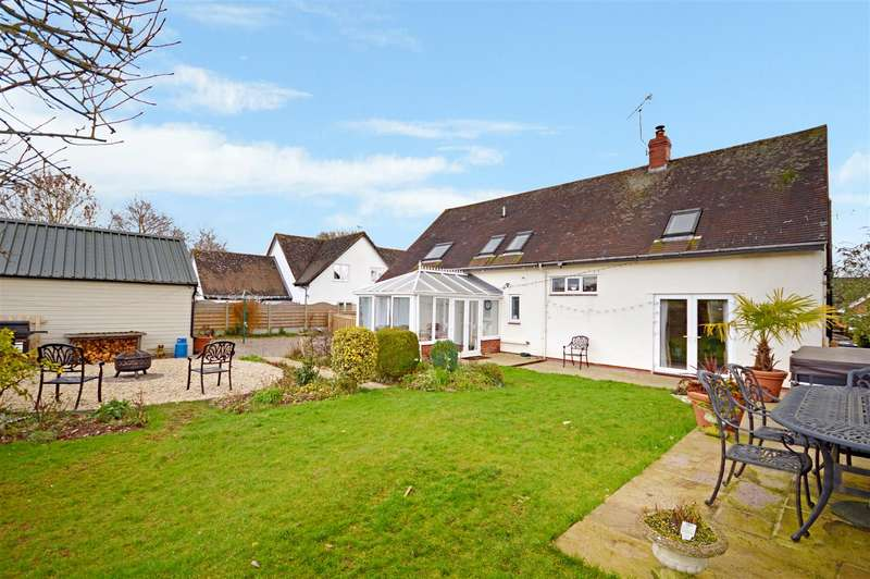 5 Bedrooms Detached House for sale in Eardisley, Hereford