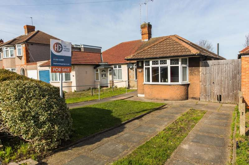 2 Bedrooms Semi Detached Bungalow for sale in Parsonage Manorway, Belvedere