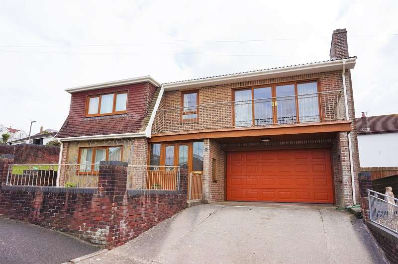 4 Bedrooms Detached House for sale in Seaview Drive, Ogmore-by-sea, Bridgend, Vale of Glamorgan. CF32 0PB
