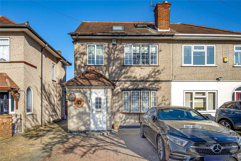 4 Bedrooms Semi Detached House for sale in Adelphi Crescent, Hayes, London, UB4