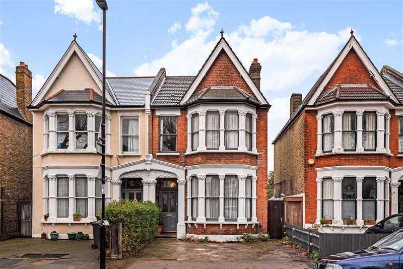 5 Bedrooms Semi Detached House for sale in Inchmery Road, London, SE6 2NB