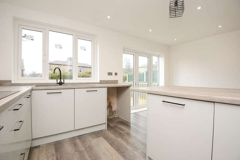 3 Bedrooms Semi Detached House for sale in Westbourne Avenue, Burnley, Lancashire, BB11