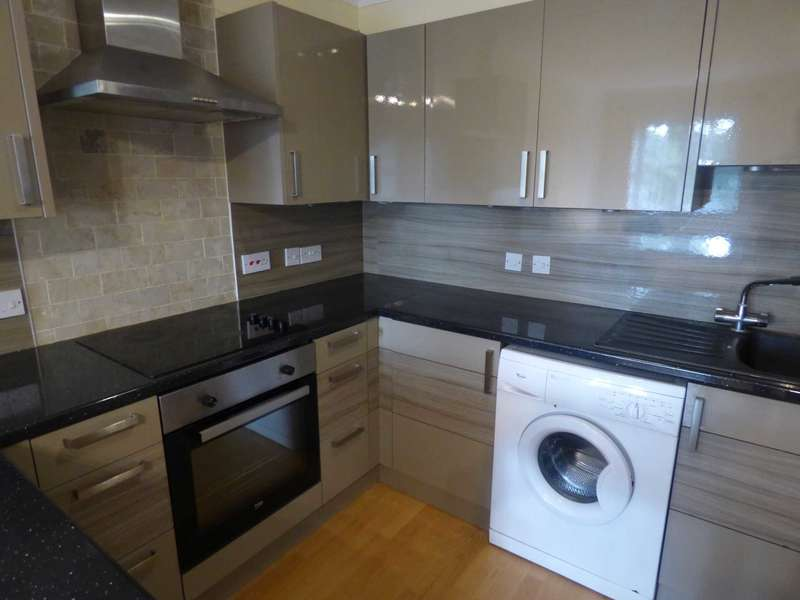 2 Bedrooms Apartment Flat for sale in Barons Court, Luton