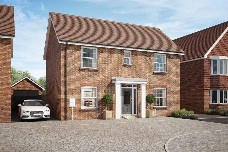 4 Bedrooms Detached House for sale in East Street, Billingshurst