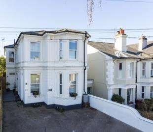 5 Bedrooms Detached House for sale in Beulah Road, Tunbridge Wells, Kent