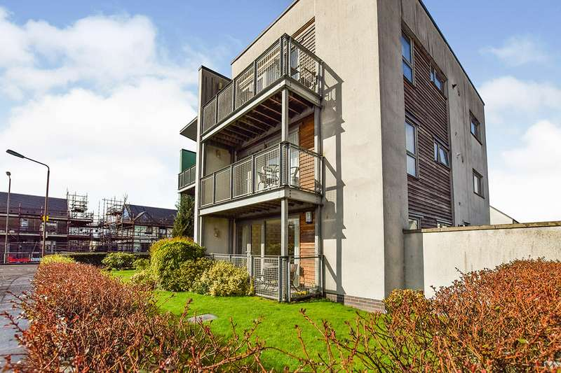 2 Bedrooms Apartment Flat for sale in Weir Street, Stirling, Stirlingshire, FK8