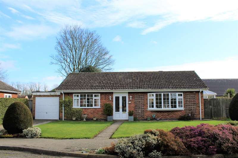2 Bedrooms Detached Bungalow for sale in Park Avenue , Spilsby, PE23 5LY