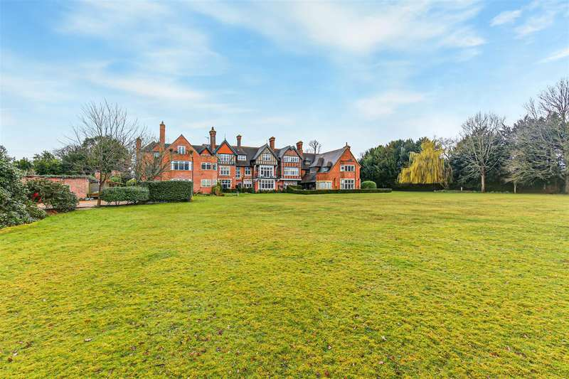 2 Bedrooms Apartment Flat for sale in Mapleton Road, Four Elms, Edenbridge