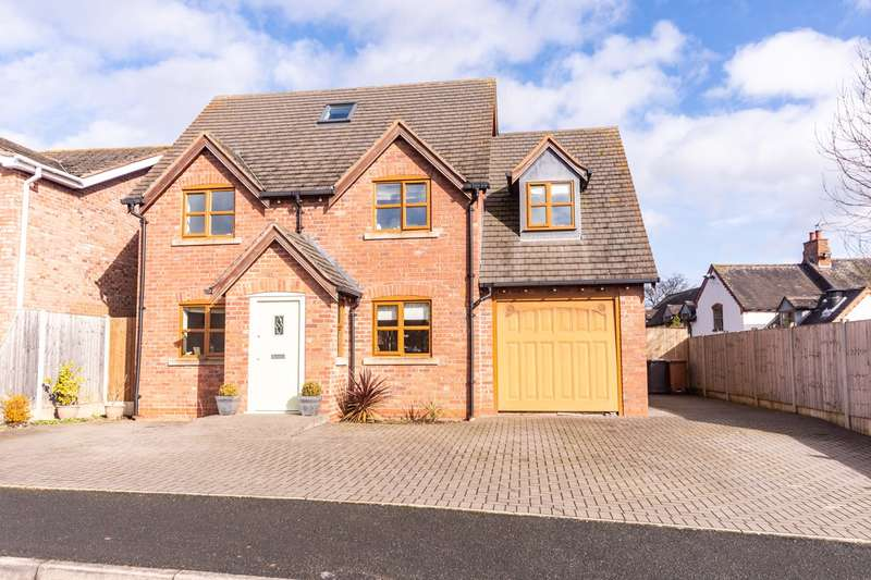 5 Bedrooms Detached House for sale in Moor Croft, Colton, Rugeley, WS15