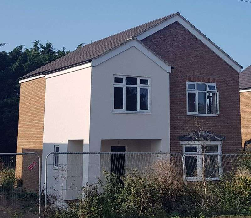 4 Bedrooms Property for sale in Chequers Road, Sheerness