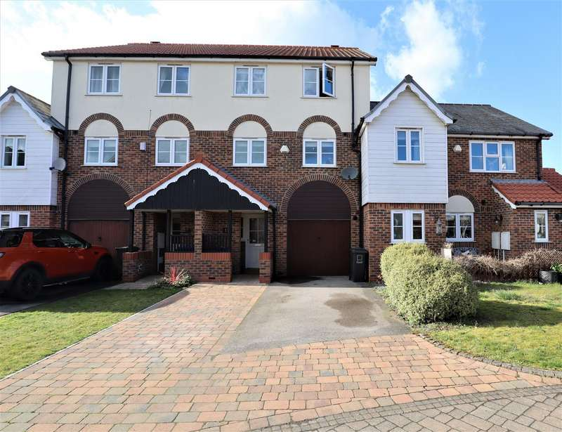 3 Bedrooms Terraced House for sale in The Moorings, Burton Waters, Lincoln