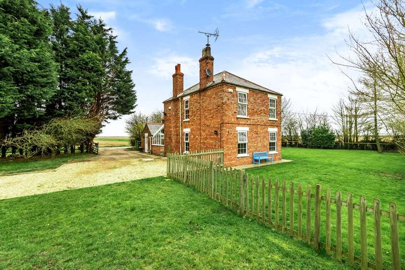3 Bedrooms Detached House for sale in Lutton Marsh