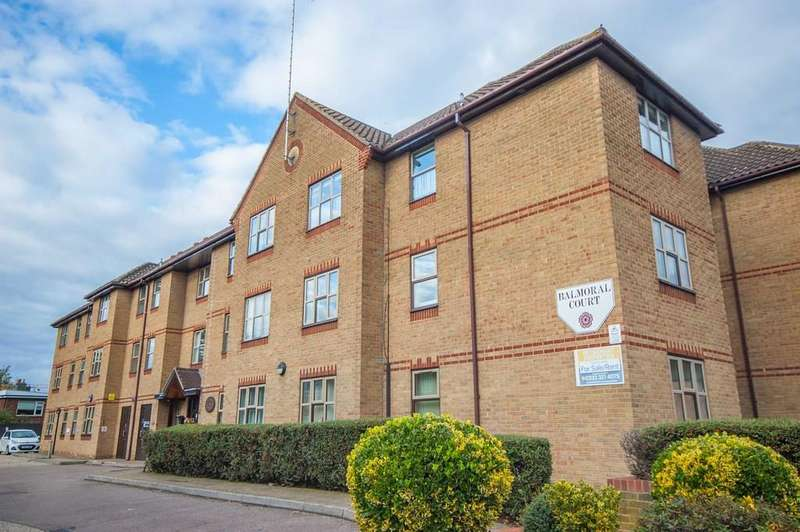 1 Bedroom Apartment Flat for sale in Balmoral Court, Springfield Road, City Centre, Chelmsford, CM2