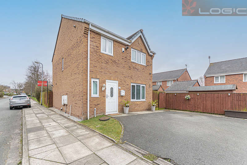 4 Bedrooms Detached House for sale in Lunt Avenue, Bootle, Bootle, L30