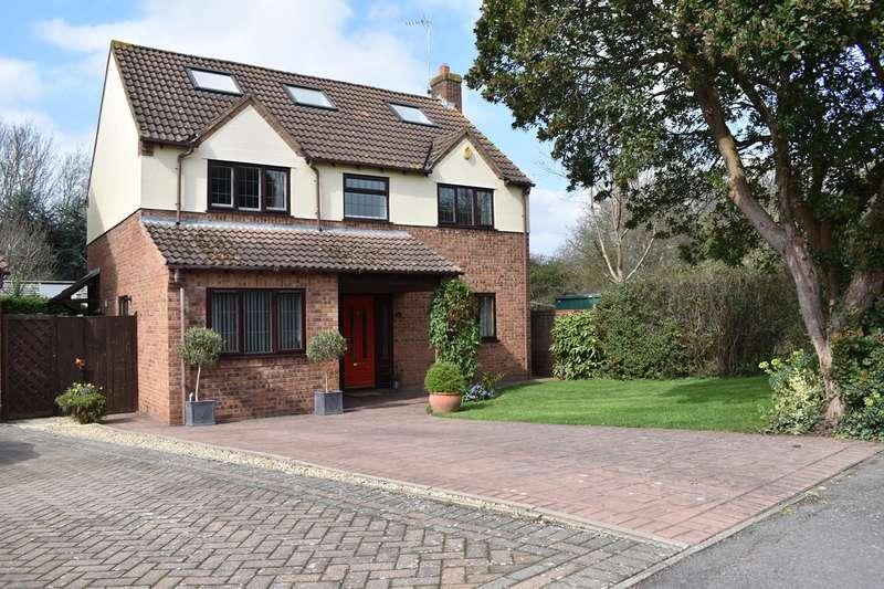 5 Bedrooms Detached House for sale in Kestrel Way, Northway, Tewkesbury, GL20