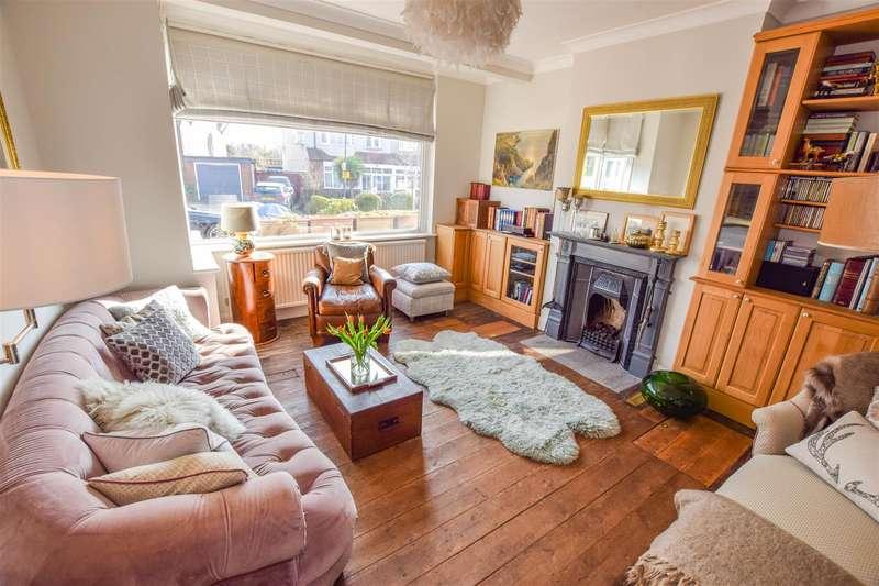 4 Bedrooms Terraced House for sale in Eastway, Morden