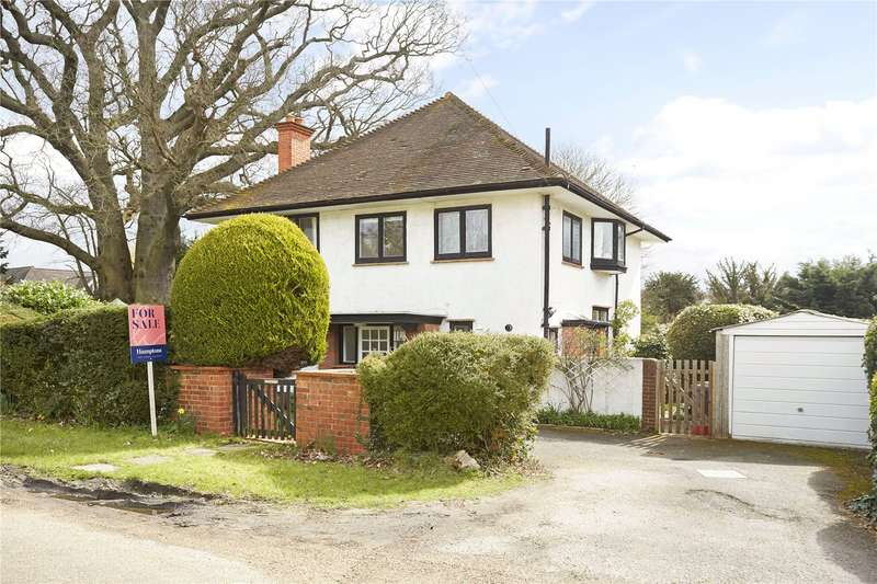 4 Bedrooms Detached House for sale in The Mead, Ashtead, Surrey, KT21