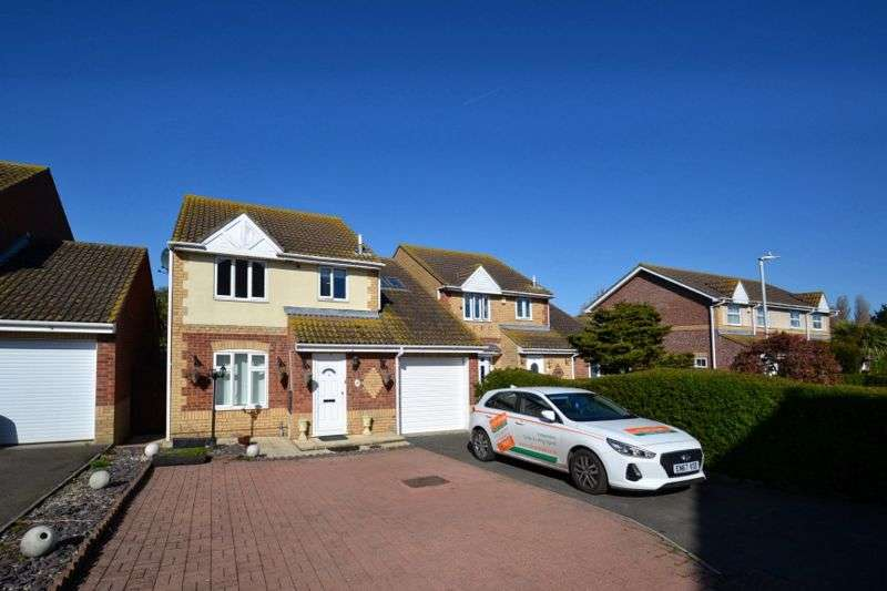 4 Bedrooms Property for sale in Anne Boleyn Close, Eastchurch