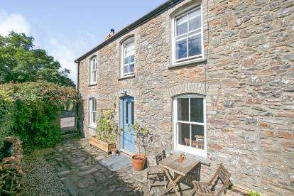 3 Bedrooms End Of Terrace House for sale in Truro, Cornwall
