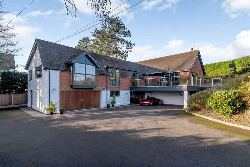 4 Bedrooms Detached House for sale in Farley Lane, Romsley, West Midlands