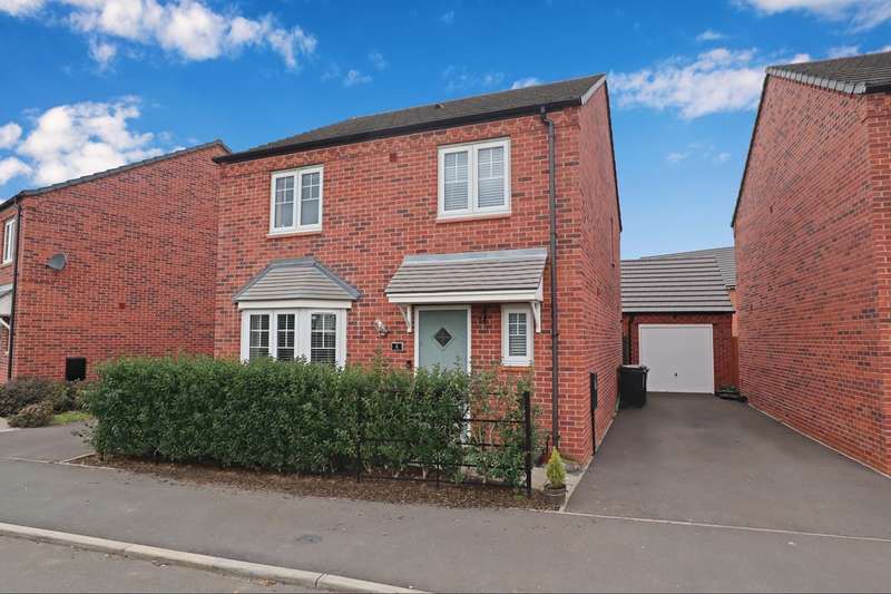 4 Bedrooms Detached House for sale in Tarn Rise, Royal Park, Nuneaton, CV11