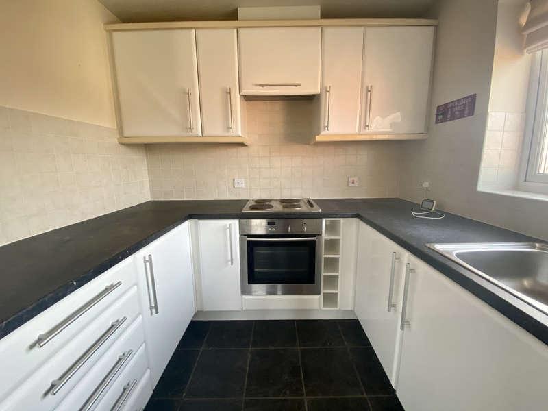 2 Bedrooms Flat for sale in Marshdale Road, Marton FY4