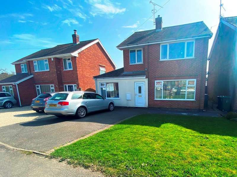 3 Bedrooms Detached House for sale in Church Street, Denby Village, Ripley