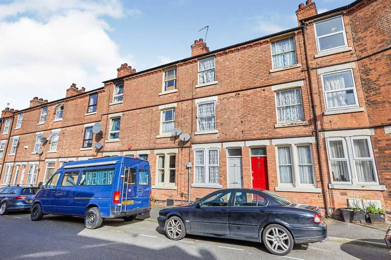 3 Bedrooms House Share for rent in Broxtowe Street, Nottingham